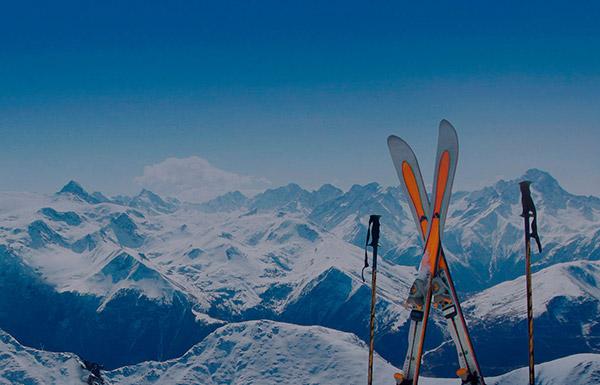 «Аэрофлот»: бесплатная перевозка лыж и сноубордов на внутрироссийских рейсах